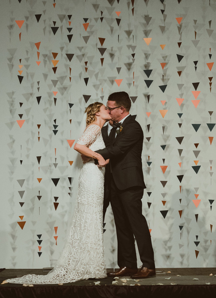 modern triangle ceremony backdrop
