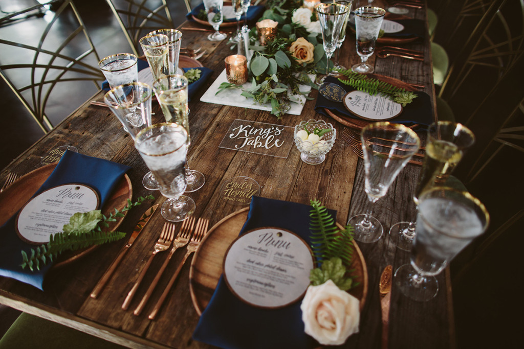 Wooden wedding menus